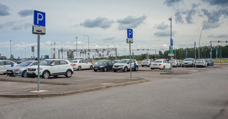Парковка каршеринга в Пулково
